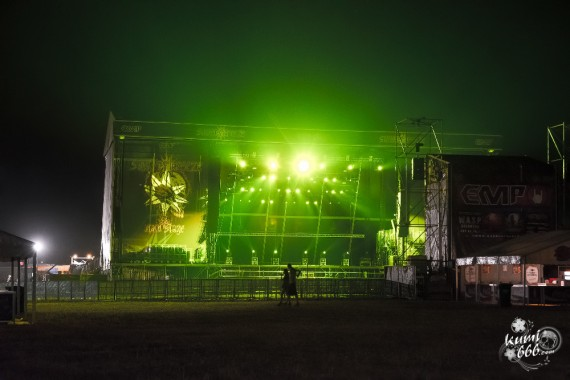 14_Stage_Infield